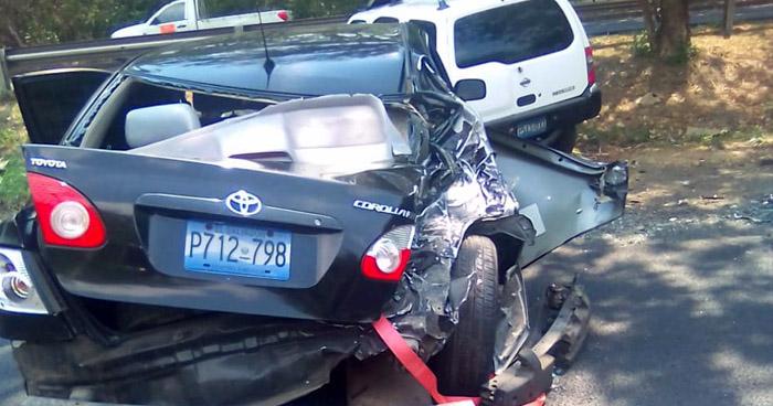 Seis lesionados en tripe choque sobre carretera Panamericana, San Vicente