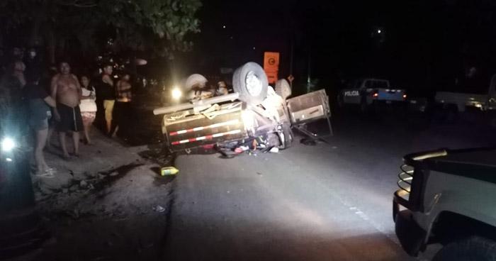 Un hombre fallecido y tres lesionados tras accidente cerca de playa El Tunco