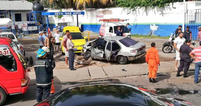Seis lesionados tras aparatoso accidente de tránsito en carretera Panamericana, San Miguel