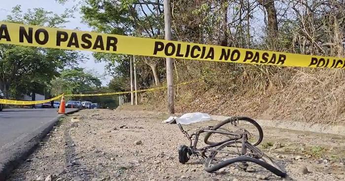 Hombre muere al ser arrollado cuando se dirigía a trabajar