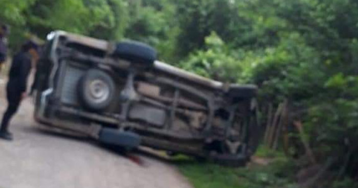 Dos fallecidos tras vuelco de un pick up en Sensuntepeque, Cabañas