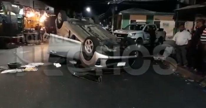 Tres policías entre los lesionados tras accidentes de tránsito en San Salvador