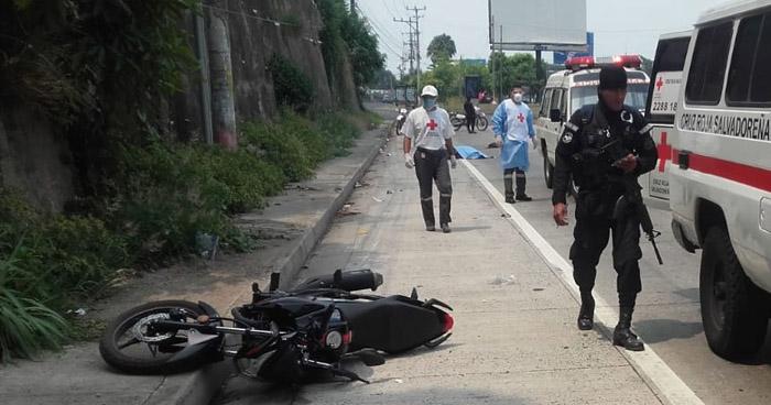Motociclista falleció tras accidentarse en carretera al Puerto de La Libertad