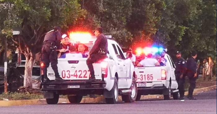 Aficionados del Firpo vapulean y dejan inconsciente al cobrador de un microbus en San Miguel