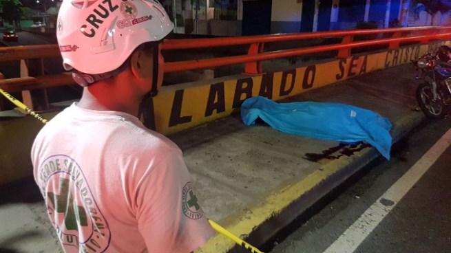 Agente de la PNC muere tras ser embestido por un vehículo en la 49 avenida sur