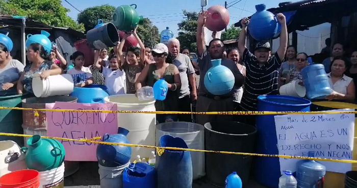Habitantes de Soyapango protestan por falta de agua
