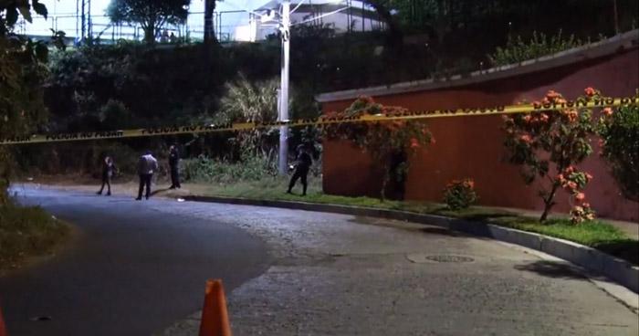 Privan de libertad y lesionan de bala a víctima en San Salvador