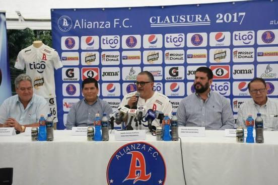 "Aldolfo ""Fito"" Salume es nuevo presidente de Alianza FC"