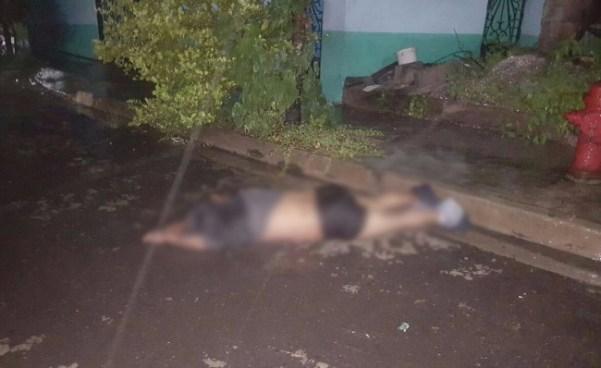 Encuentran cuerpo con lazo en el cuello y bolsa en la cabeza en Altavista