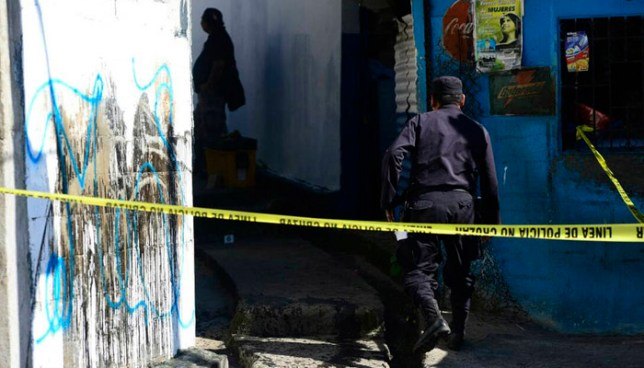Pandilleros disparan y hieren a policía que patrullaba en la colonia Amatepec