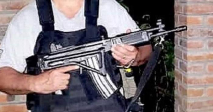 Hurtan armas de grueso calibre a alcalde de San José Guayabal en gasolinera