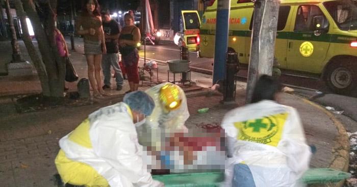 Asaltan y lesionan a un hombre por parque San José, en San Salvador