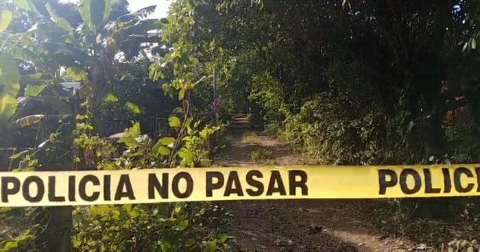 Sujetos fingiendo operativos policiales asesinaron a dos hombres en San Miguel