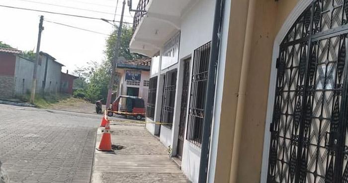 Fingió ser cliente para apuñalar a secretaria de laboratorio clínico en La Paz