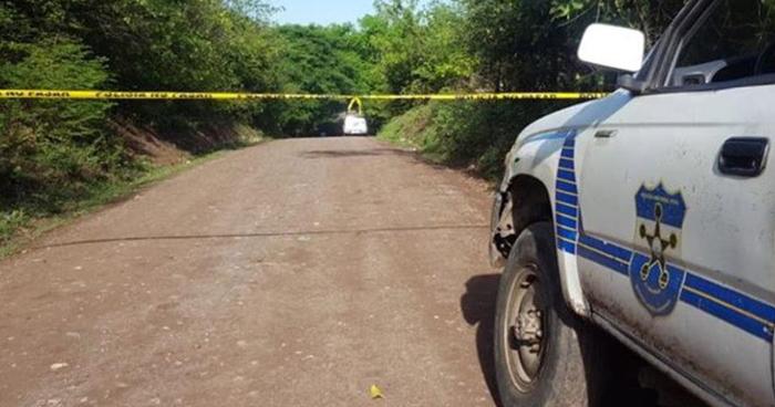 Asesinan de 4 disparos a un hombre cerca de su vivienda en San Luis Talpa, La Paz