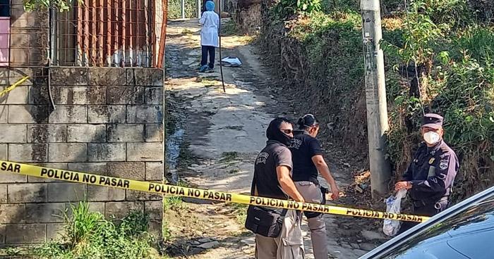 Asesinan a joven en colonia Mano de León, en San Salvador