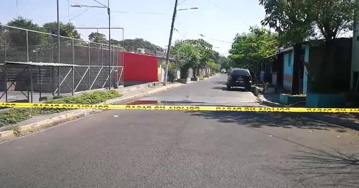 Joven fue acribillado a balazos en una colonia de San Miguel
