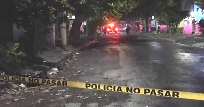 Ataque armado en casa de huéspedes deja 1 muerto y otro lesionado
