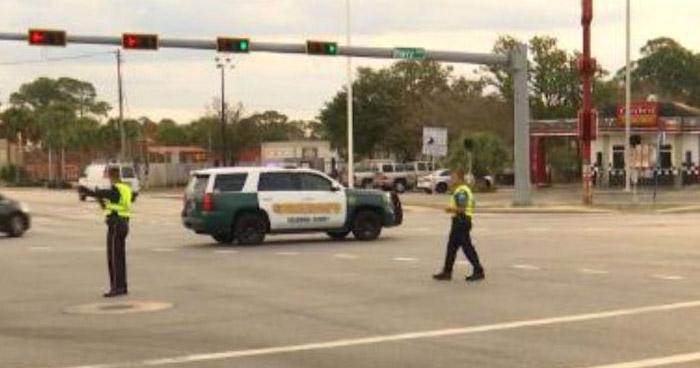 Tiroteo en base naval de Pensacola, Florida, deja tres muertos y varios heridos