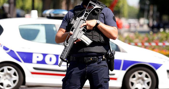 Ataque con cuchillo en estación de tren en Francia deja un muerto y 6 heridos
