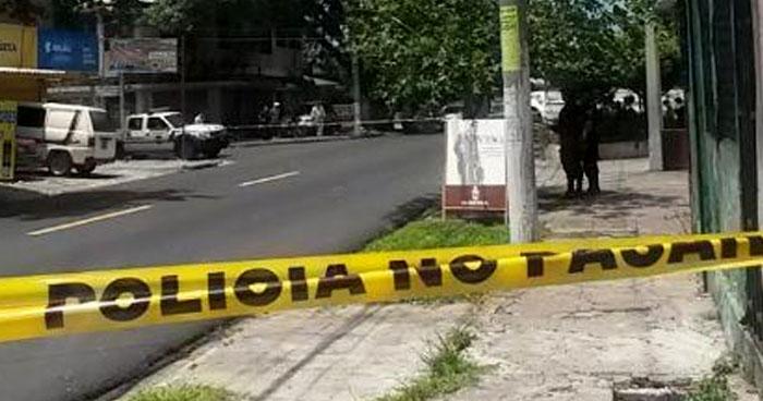 Hombre asesinado al resistirse a un asalto en calle San Antonio Abad de San Salvador