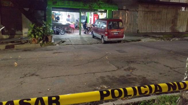 Sujetos asesinan a balazos a Pandillero que estaba en una pupuseria cerca del Estadio Cuscatlán