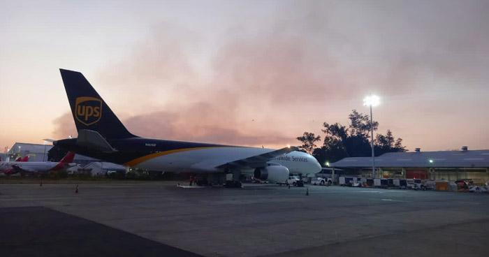 Boeing 757 aterriza de emergencia en aeropuerto de El Salvador