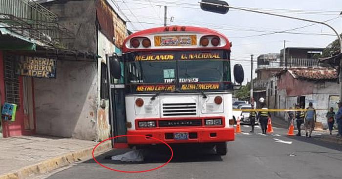 Conductor de autobús Ruta 2-C atropella y mata a una anciana en Mejicanos