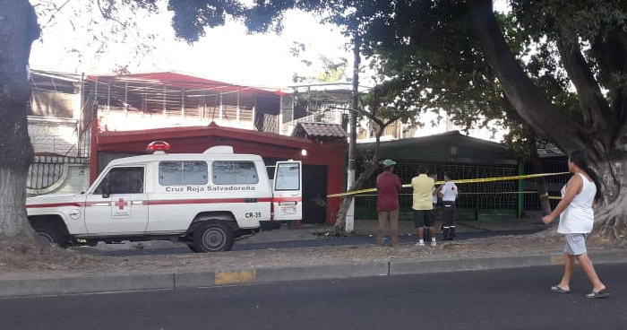 Anciana muere al ser atropellada en Diagonal Universitaria Norte de San Salvador