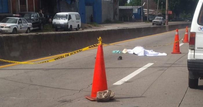 Peatón muere tras ser atropellado en carretera Troncal del Norte