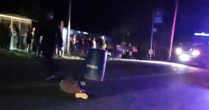 Peatón muere al ser atropellado en carretera de Santa Ana