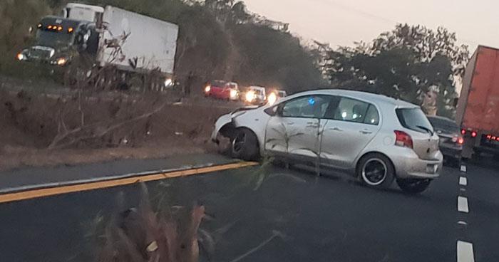 Persona fallecida tras ser arrollada por un vehículo en carretera de Oro