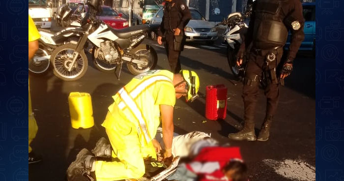 Vendedor de diarios falleció al ser atropellado en calle Ruben Dario de San Salvador
