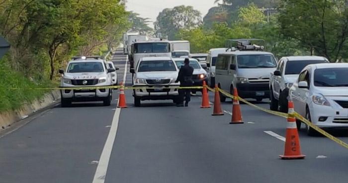 Anciana muere al ser atropellada en carretera de Oro