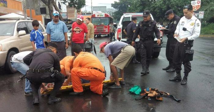 Conductor se da a la fuga tras atropellar a un anciano en Bulevar Vidri de Sonsonate