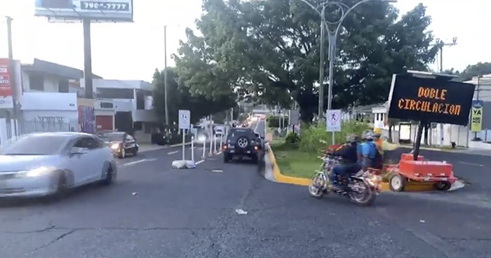 Cierran tramo de Avenida La Revolución por trabajos en Hospital El Salvador
