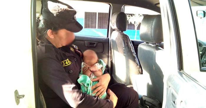 Rescatan a una bebé de 25 días de nacida. Su madre se encontraba en estado de ebriedad