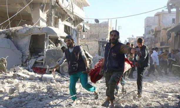 Al menos 10 mujeres y niños muertos tras bombardeos en Siria