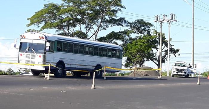 Muere uno de los heridos en autobús ametrallado por pandilleros en La Paz