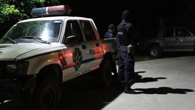 Localizan cadáver de un hombre dentro de un vehículo en San Pedro Perulapán