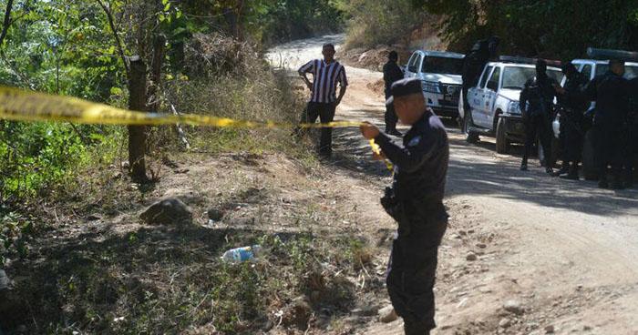 Hallan cadáver desmembrado de un hombre en finca de Ahuachapán