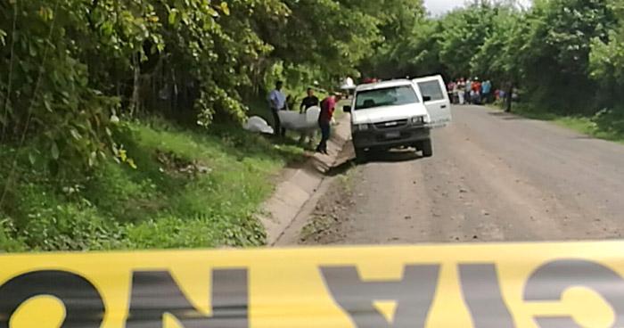 Localizan cadáver al fondo de un barranco en Ciudad Arce, La Libertad