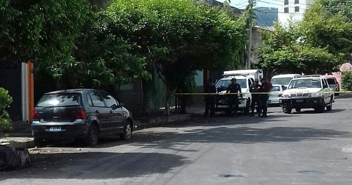 Encuentran cadáver embolsado en Barrio San Miguelito, San Salvador