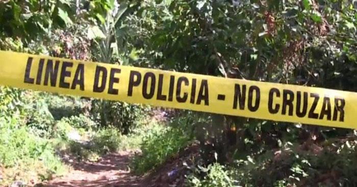 Encuentran cadáver de un adolescente decapitado y quemado en Chalchuapa