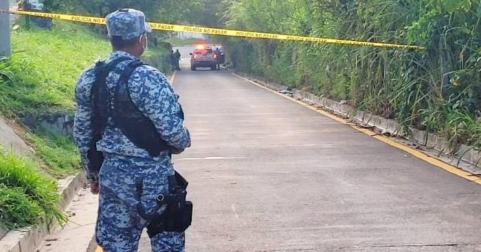 Hallan cadáver de un hombre en carretera a Comalapa, en San Marcos