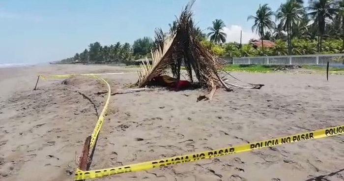 Localizan a uno, de los dos jóvenes ahogados ayer en la Playa Metalío de Acajutla, Sonsonate