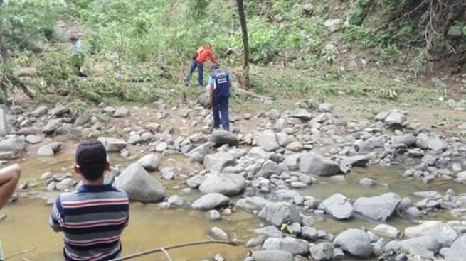 Hombre muere tras ser arrastrado por la corriente de una quebrada en Panchimalco