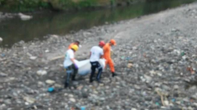 Encuentran cadáver de un joven en el río Acelhuate