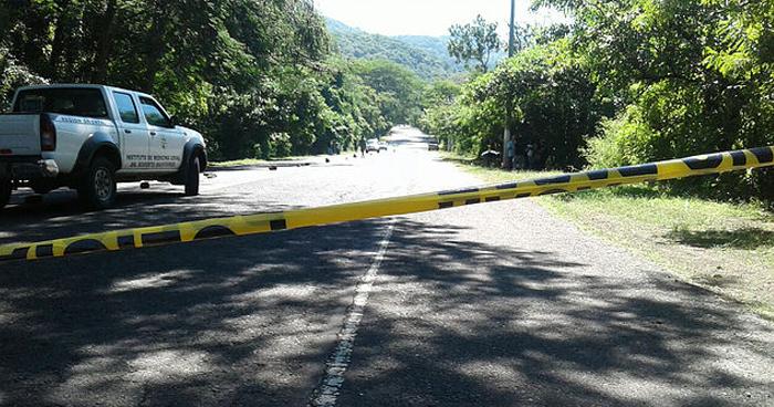 Encuentran cadáver de un hombre sobre carretera Litoral en Usulután