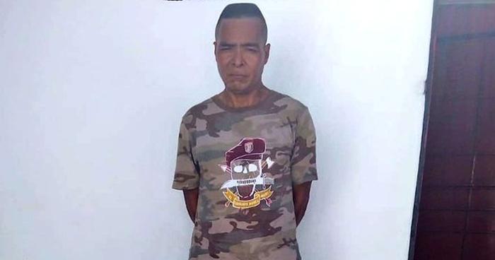 Agente del CAM de Usulután transportaba armas y uniformes de la PNC
